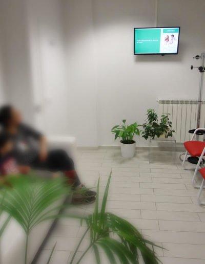 presentazione sala d'attesa clinica dentale